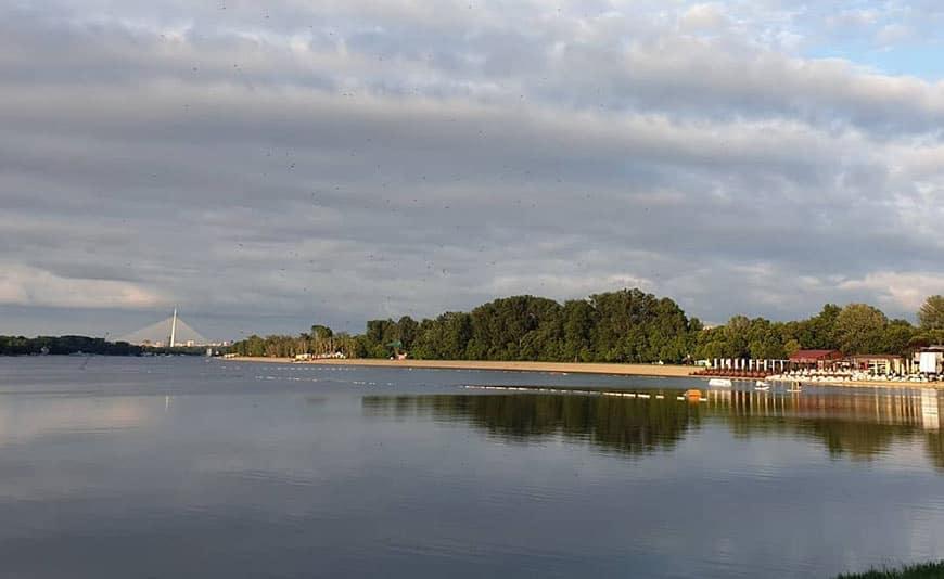 אגם אדה